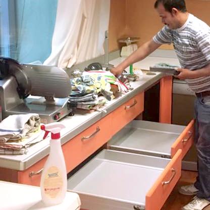 pulizia approfondita cucina cusago